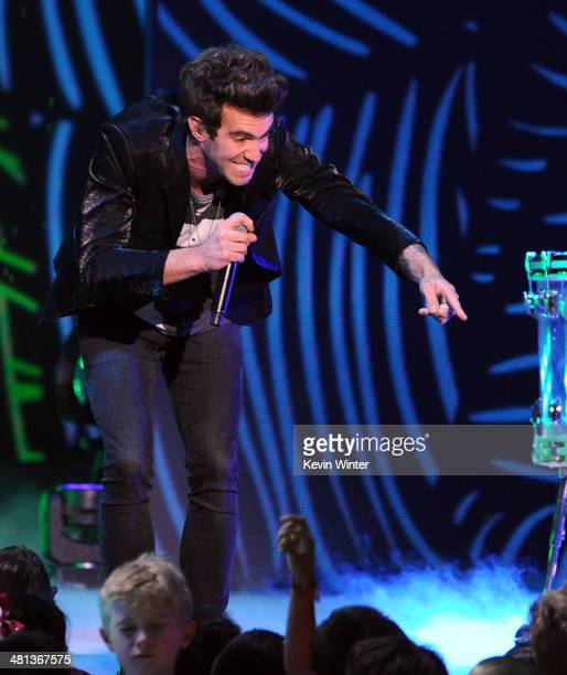 Singer Zac Barnett of American Authors performs onstage during Nickelodeon's 27th Annual Kids' Choice Awards held at USC Galen Center on March 29...
