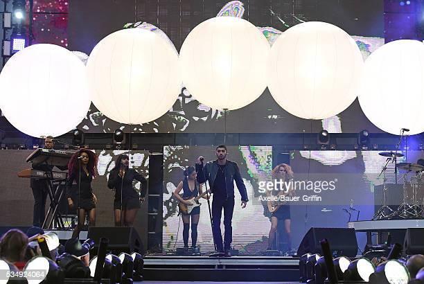 Singer Zayn Malik performs at 1027 KIIS FM's Wango Tango 2016 at StubHub Center on May 14 2016 in Carson California