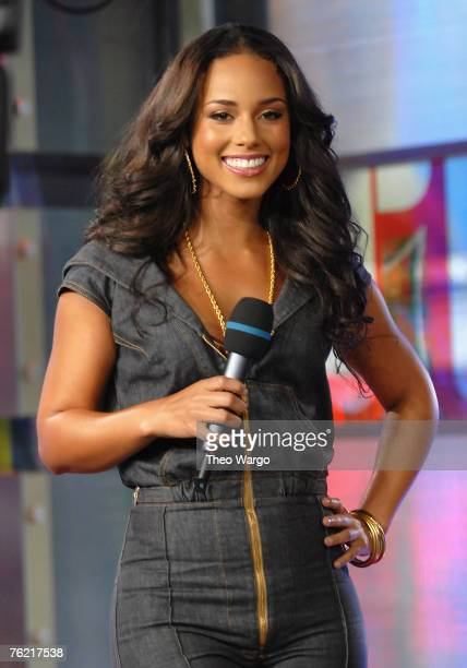 Singer/Actor Alicia Keys at MTV's 'TRL' Studios on August 22 2007 in New York City