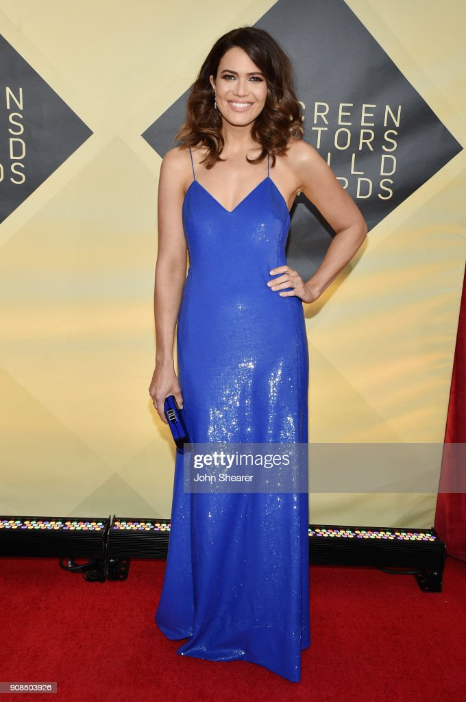 Singer/actor Mandy Moore attends the 24th Annual Screen Actors Guild Awards at The Shrine Auditorium on January 21, 2018 in Los Angeles, California.