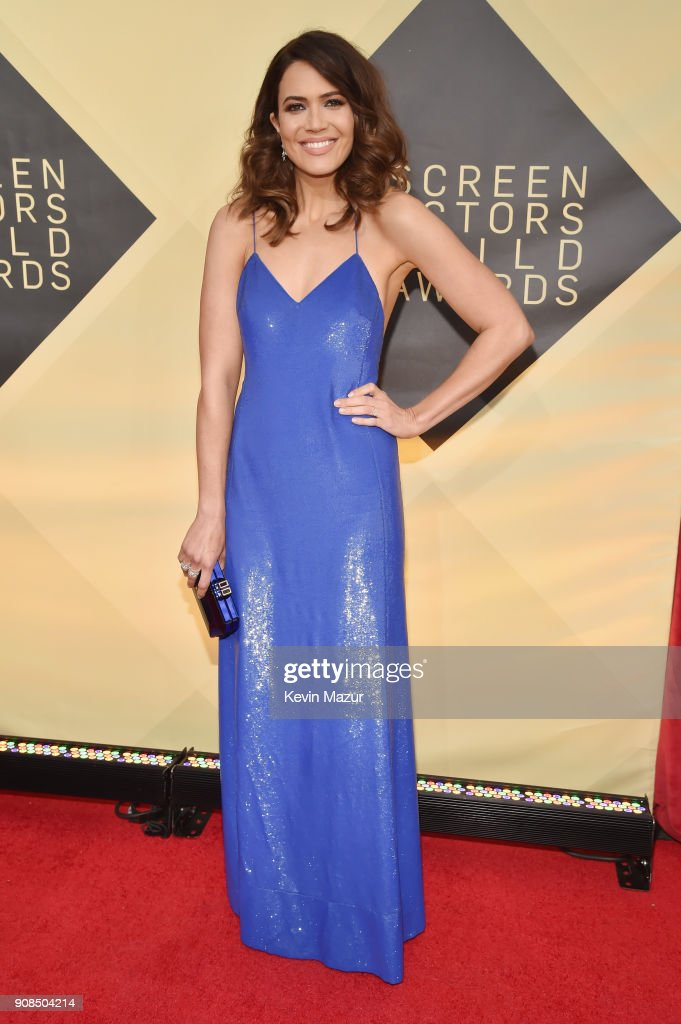 Singer/actor Mandy Moore attends the 24th Annual Screen Actors Guild Awards at The Shrine Auditorium on January 21, 2018 in Los Angeles, California. 27522_007