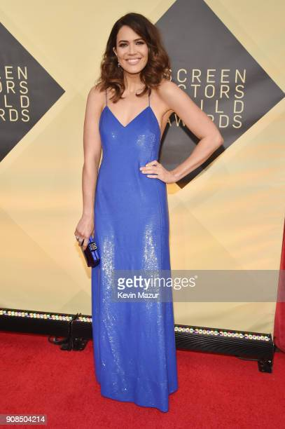 Singer/actor Mandy Moore attends the 24th Annual Screen Actors Guild Awards at The Shrine Auditorium on January 21, 2018 in Los Angeles, California....