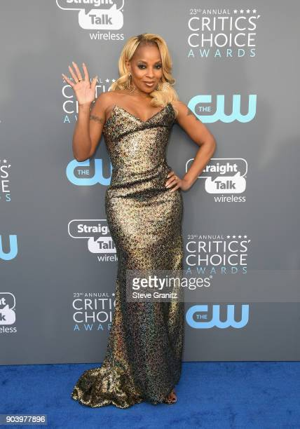 Singer/actor Mary J Blige attends The 23rd Annual Critics' Choice Awards at Barker Hangar on January 11 2018 in Santa Monica California
