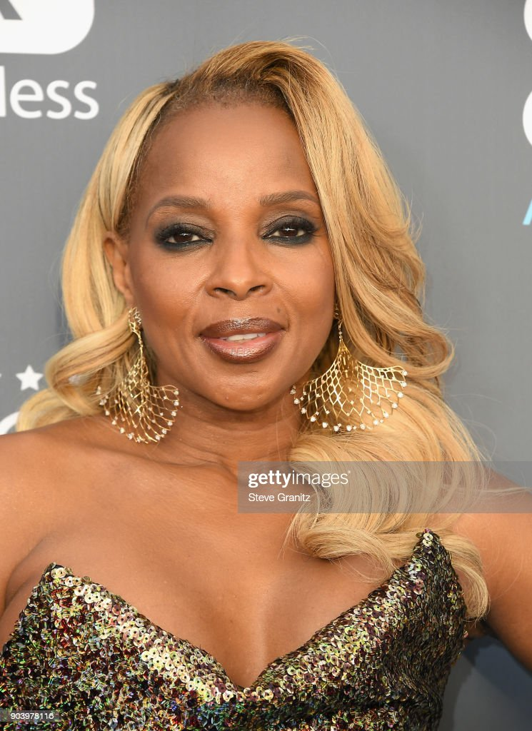 Singer/actor Mary J. Blige attends The 23rd Annual Critics' Choice Awards at Barker Hangar on January 11, 2018 in Santa Monica, California.