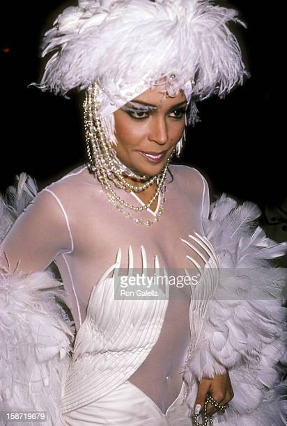 Singer/Actress Apollonia Kotero attends the Fourth Annual American Video Awards on November 20 1985 at Wiltern Theatre in Los Angeles California