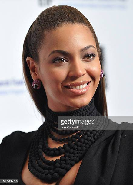 Singer/actress Beyonce Knowles arrives at the 14th Annual Saks Fifth Avenue's Unforgettable Evening at the Beverly Wilshire Hotel on February 10 2009...
