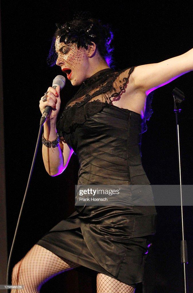 Camille O'Sullivan In Concert