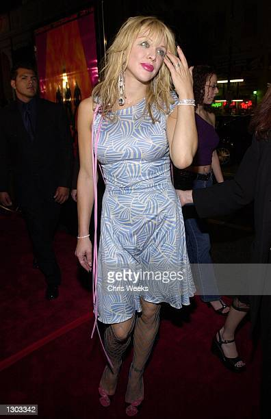 Singer/actress Courtney Love arrives at the premiere of Columbia Pictures Charlie''s Angels October 22 2000 at Mann''s Chinese Theatre in Hollywood CA