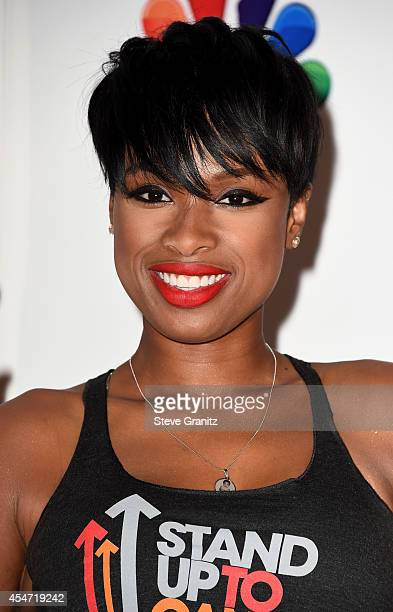Singer/actress Jennifer Hudson attends the 4th Biennial Stand Up To Cancer A Program of The Entertainment Industry Foundation at Dolby Theatre on...
