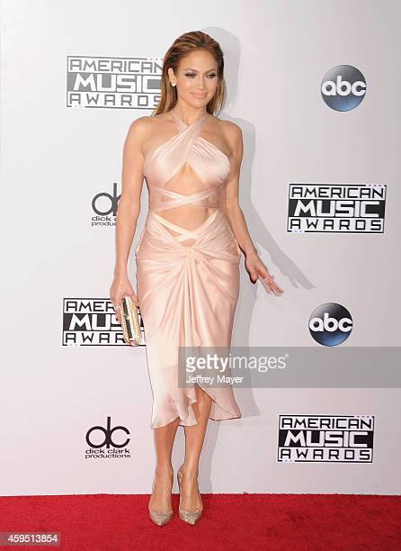 Singer/actress Jennifer Lopez arrives at the 2014 American Music Awards at Nokia Theatre LA Live on November 23 2014 in Los Angeles California