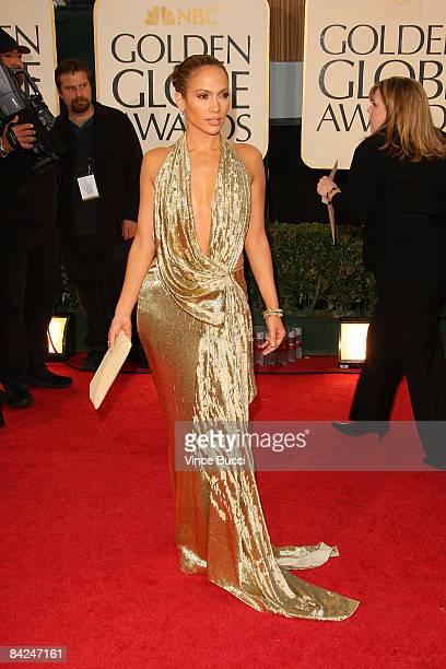 Singer/Actress Jennifer Lopez arrives at the 66th Annual Golden Globe Awards held at the Beverly Hilton Hotel on January 11 2009 in Beverly Hills...