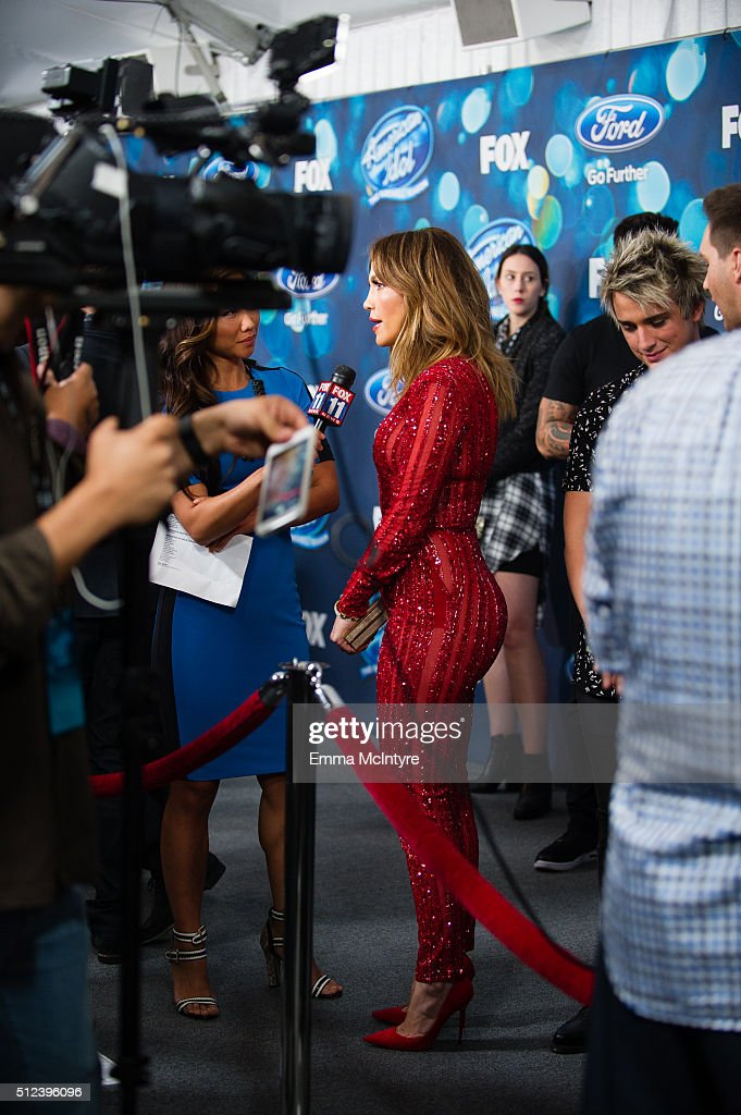 Singer/actress Jennifer Lopez attends Meet Fox's 'American Idol XV' Finalists at The London Hotel on February 25, 2016 in West Hollywood, California.