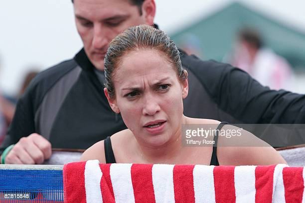 Singer/Actress Jennifer Lopez competes at the Nautica Malibu Triathlon on September 14 2008 in Malibu California