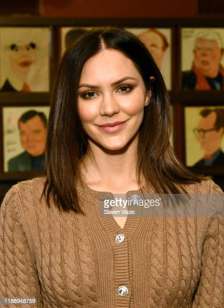 """Singer/actress Katharine McPhee greets the press ahead of her return to Broadway's """"Waitress"""" at Sardi's on November 20, 2019 in New York City."""