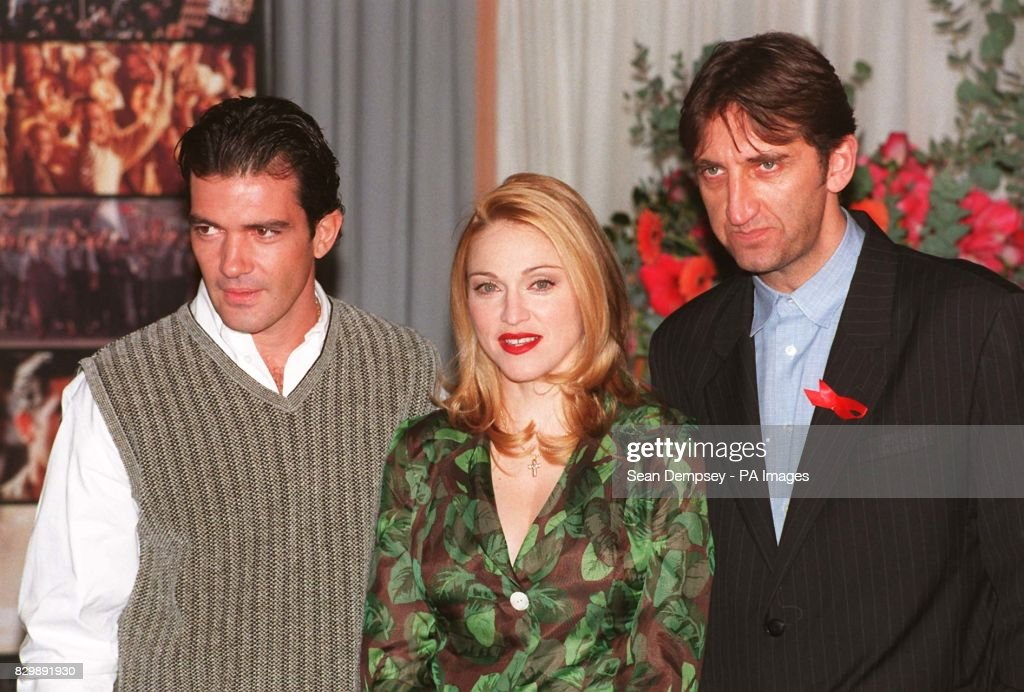 Evita/Madonna & Cast : News Photo