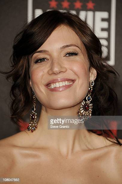 Singer/actress Mandy Moore arrives at the 16th Annual Critics' Choice Movie Awards at the Hollywood Palladium on January 14 2011 in Los Angeles...
