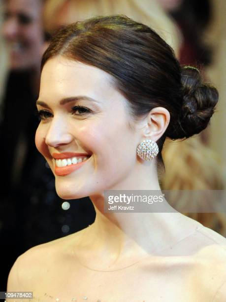 Singer/actress Mandy Moore arrives at the 83rd Annual Academy Awards held at the Kodak Theatre on February 27 2011 in Los Angeles California