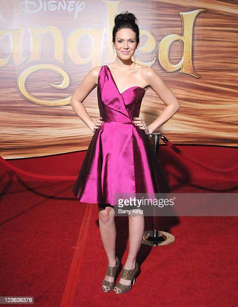 Singer/actress Mandy Moore arrives at the Los Angeles premiere of 'Tangled' at the El Capitan Theatre on November 14 2010 in Hollywood California