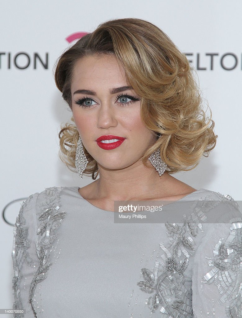 Singer/actress Miley Cyrus arrives at the 20th Annual Elton John AIDS Foundation Academy Awards Viewing Party at Pacific Design Center on February 26, 2012 in West Hollywood, California.