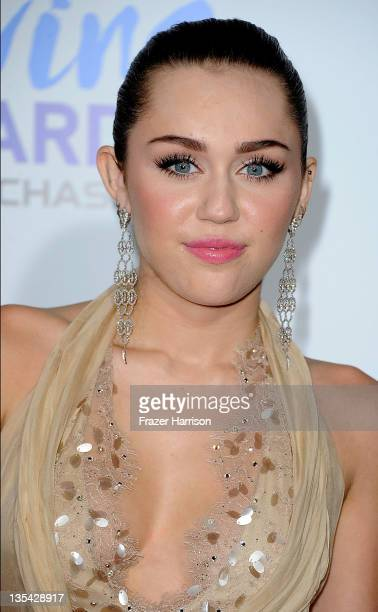 Singer/Actress Miley Cyrus arrives at the American Giving Awards Presented By Chase at Dorothy Chandler Pavilion on December 9, 2011 in Los Angeles,...