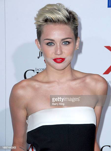Singer/actress Miley Cyrus arrives at the Maxim 2013 Hot 100 Party held at Create on May 15, 2013 in Hollywood, California.