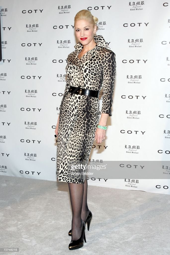 Singer\designer Gwen Stefani attends a press conference to announce her as the new Coty celebrity partner on December 6, 2006 in New York City.