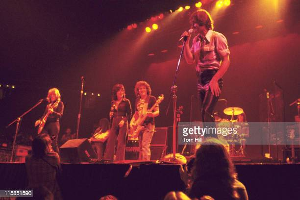 Paul Kantner Craig Chaquico Grace Slick Pete Sears and Marty Balin of Jefferson Starship