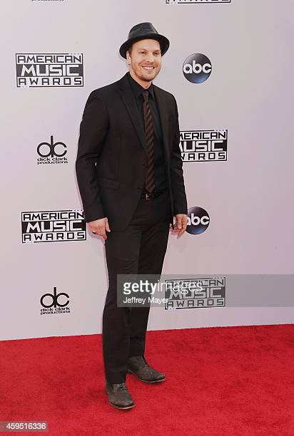 Singer/musician Gavin Degraw arrives at the 2014 American Music Awards at Nokia Theatre LA Live on November 23 2014 in Los Angeles California
