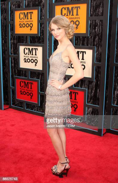 Singer/musicina Taylor Swift attends the 2009 CMT Music Awards at the Sommet Center on June 16 2009 in Nashville Tennessee