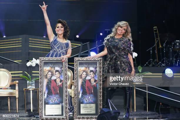 Singers Alejandra Guzman and Gloria Trevi attend a press conference at Arena Ciudad de Mexico on June 23, 2017 in Mexico City, Mexico