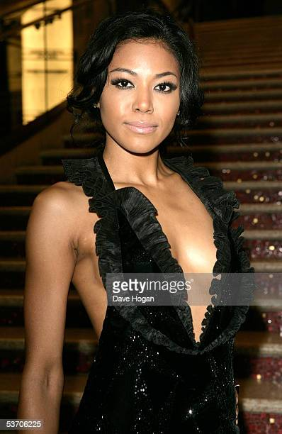 Singers Amerie arrives at the 2005 World Music Awards at the Kodak Theatre on August 31 2005 in Hollywood California