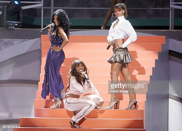 Singers Amerie Teairra Mari and Rihanna perform onstage at the 2005 World Music Awards at the Kodak Theatre on August 31 2005 in Hollywood California