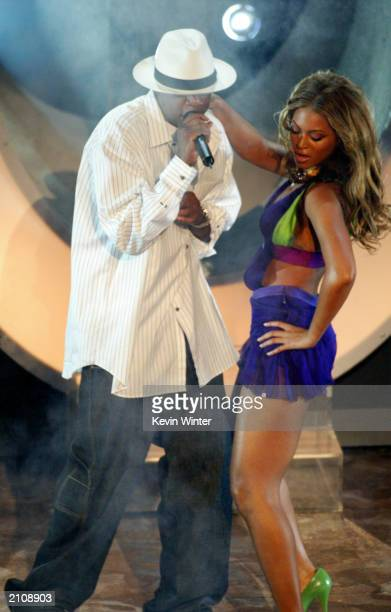 Singers Beyonce Knowles and JayZ perform on stage at the 3rd Annual BET Awards Show at the Kodak Theatre June 24 2003 in Hollywood California