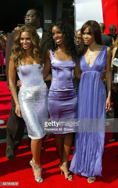 HOLLYWOOD JUNE 28 Singers Beyonce Knowles Kelly Rowland and Michelle Williams arrive at the BET Awards 05 at the Kodak Theatre on June 28 2005 in...