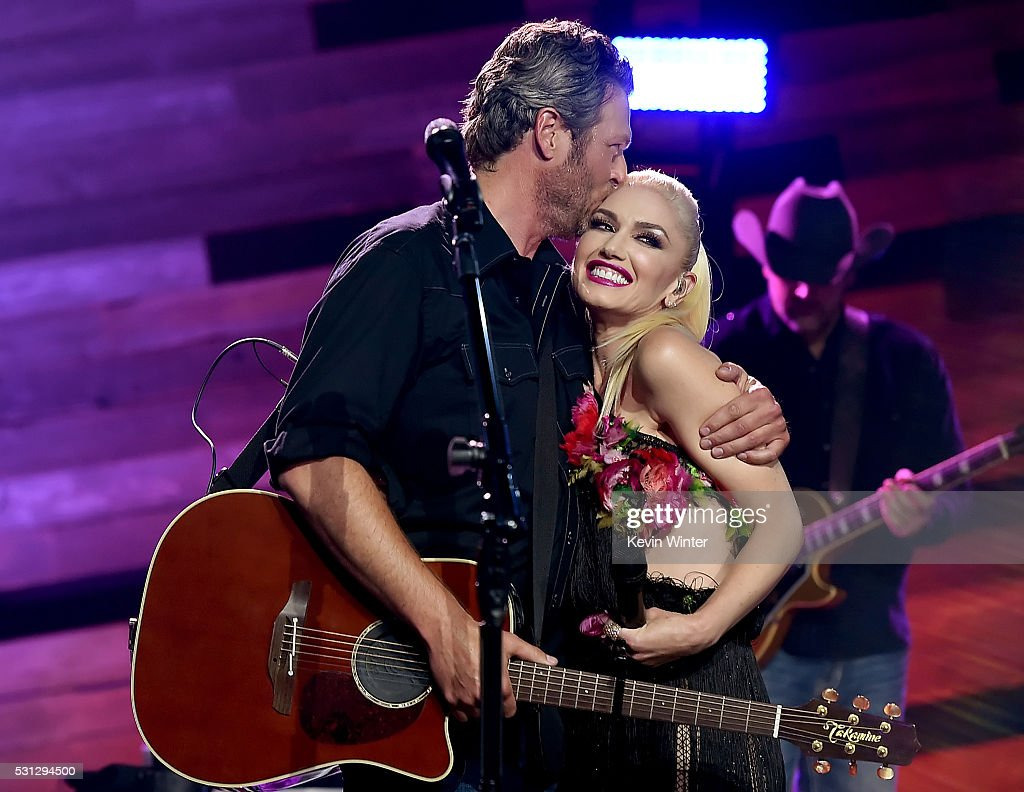 Blake Shelton On The Honda Stage At The iHeartRadio Theater : News Photo
