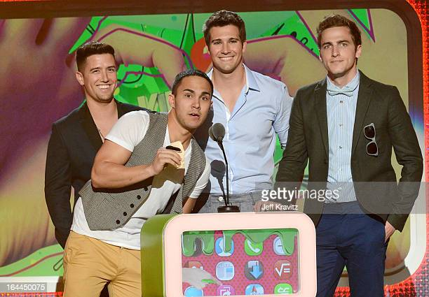 Singers Carlos Pena JrJames Maslow Logan Henderson and Kendall Schmidt of Big Time Rush onstage at Nickelodeon's 26th Annual Kids' Choice Awards at...