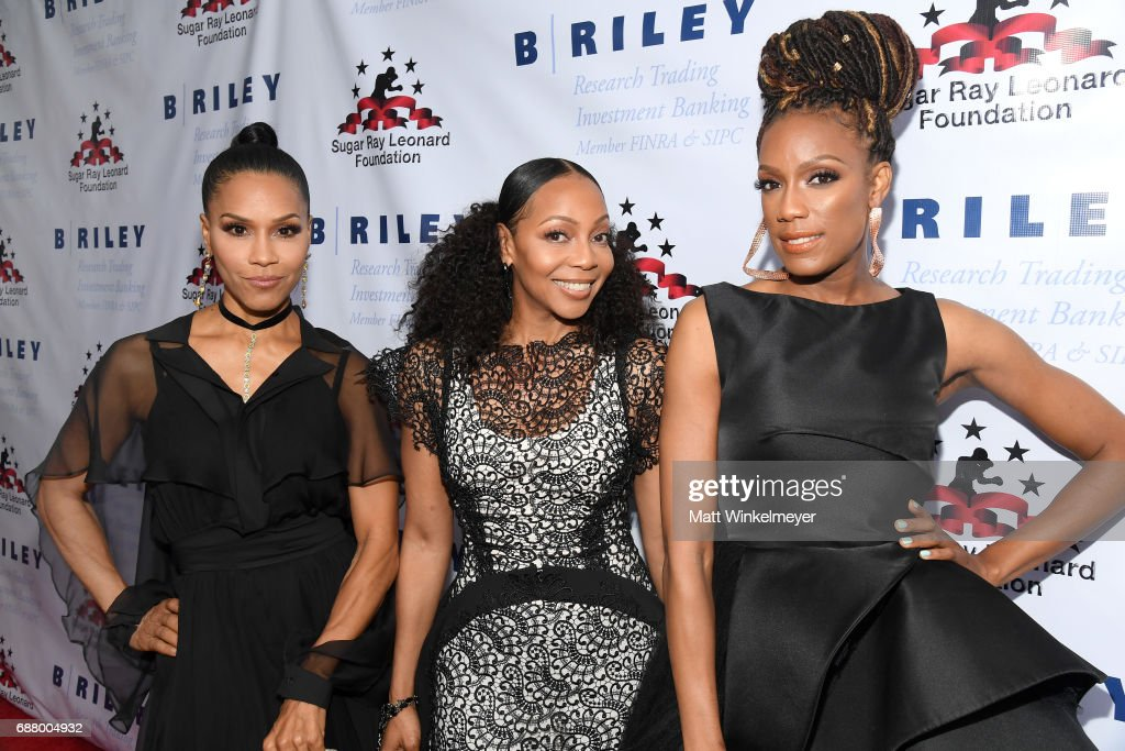 """B. Riley & Co. And Sugar Ray Leonard Foundation's 8th Annual """"Big Fighters, Big Cause"""" Charity Boxing Night : News Photo"""