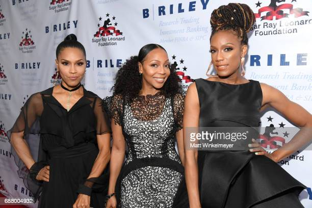 Singers Cindy HerronBraggs Terry Ellis and Rhona Bennett of 'En Vogue' attend the B Riley Co 8th Annual Big Fighters Big Cause Charity Boxing Night...