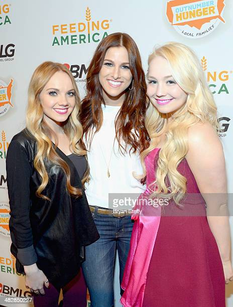 Singers Danielle Bradbery Cassadee Pope and RaeLynn performed to an enthusiastic crowd at the second annual Outnumber Hunger Live at The LINQ in Las...