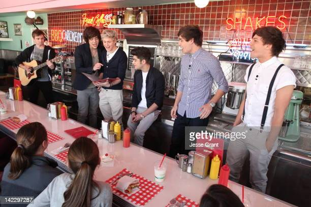 Singers Harry Styles Niall Horan Zayn Malik Liam Payne and Louis Tomlinson of One Direction attends the VEVO GO Show Presented by Starburst on April...