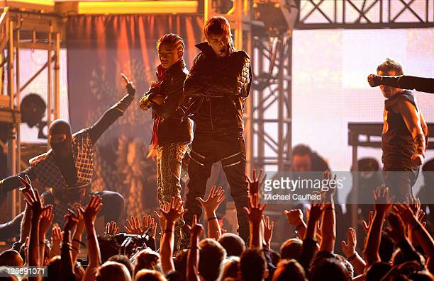 Singers Jaden Smith and Justin Bieber perform onstage during The 53rd Annual GRAMMY Awards held at Staples Center on February 13 2011 in Los Angeles...