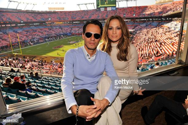 COVERAGE** Singers Jennifer Lopez and Marc Anthony attend Super Bowl XLIV at Sun Life Stadium on February 7 2010 in Miami Gardens Florida