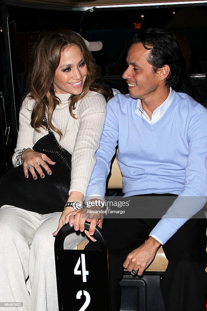 ACCESS** Singers Jennifer Lopez (L) and Marc Anthony attend Super Bowl XLIV at the Sun Life Stadium on February 7, 2010 in Miami Gardens, Florida.