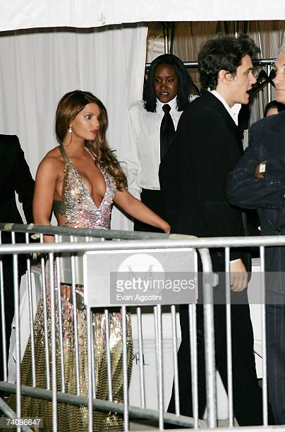 Singers John Mayer and Jessica Simpson leave The Metropolitan Museum of Art's Costume Institute Gala May 7 2007 in New York City