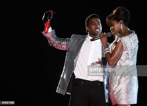 Singers Kanye West and Estelle perform during the 51st Annual Grammy Awards held at the Staples Center on February 8, 2009 in Los Angeles, California.