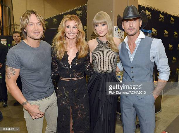 Singers Keith Urban Faith Hill Taylor Swift and Tim McGraw attend the 48th Annual Academy of Country Music Awards at the MGM Grand Garden Arena on...