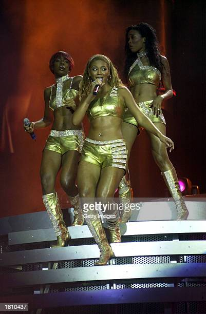 Singers Kelly Rowland Beyonce Knowles and Michelle Williams of Destiny''s Child perform August 24 2001 in Pittsburgh PA