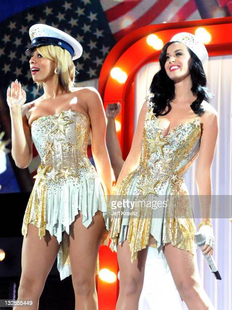 Singers Keri Hilson and Katy Perry perform onstage during 'VH1 Divas Salute the Troops' presented by the USO at the MCAS Miramar on December 3 2010...