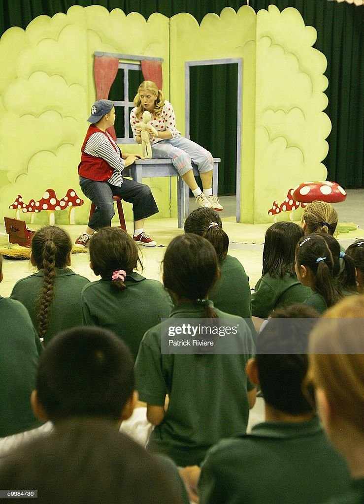 Singers Louise Watts playing the role of a Hansel (L) and Harriet Marshall playing the role of Gretel perform in front of the Crown Street Primary school children during the OzOpera tour launch for Humperdinck's 'Hansel and Gretel' at The Opera Centre on March 3, 2006 in Sydney, Australia. Thousands of primary school children will see opera for the first time when Opera Australia's OzOpera heads off to perform its highly popular 50-minute version of Humperdinck's opera Hansel and Gretel in primary schools all over New South Wales.