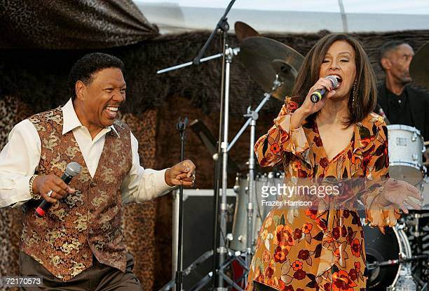 Singers Marilyn McCoo and Billy Davis Jr perform during the 12th Annual Safari Brunch a fundraiser for the Wildlife Waystation held at the Playboy...